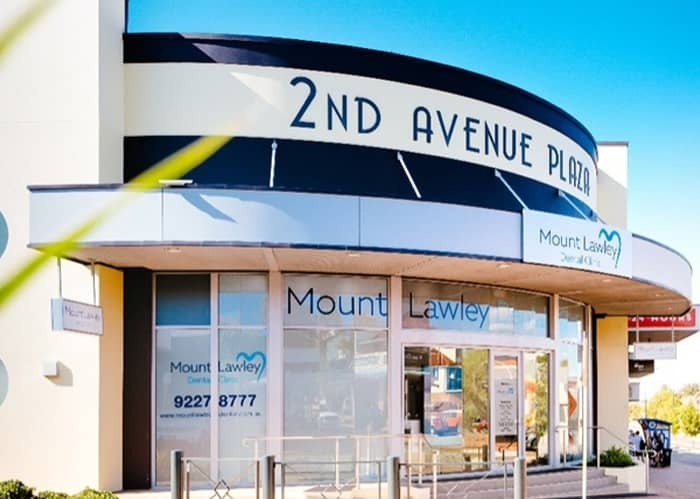 Book a consultation for teeth straightening in Mount Lawley